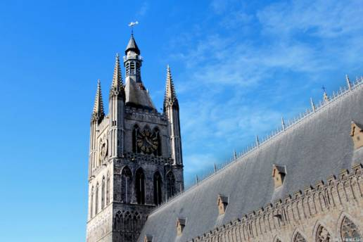 A day in West Flanders - Traven Luc