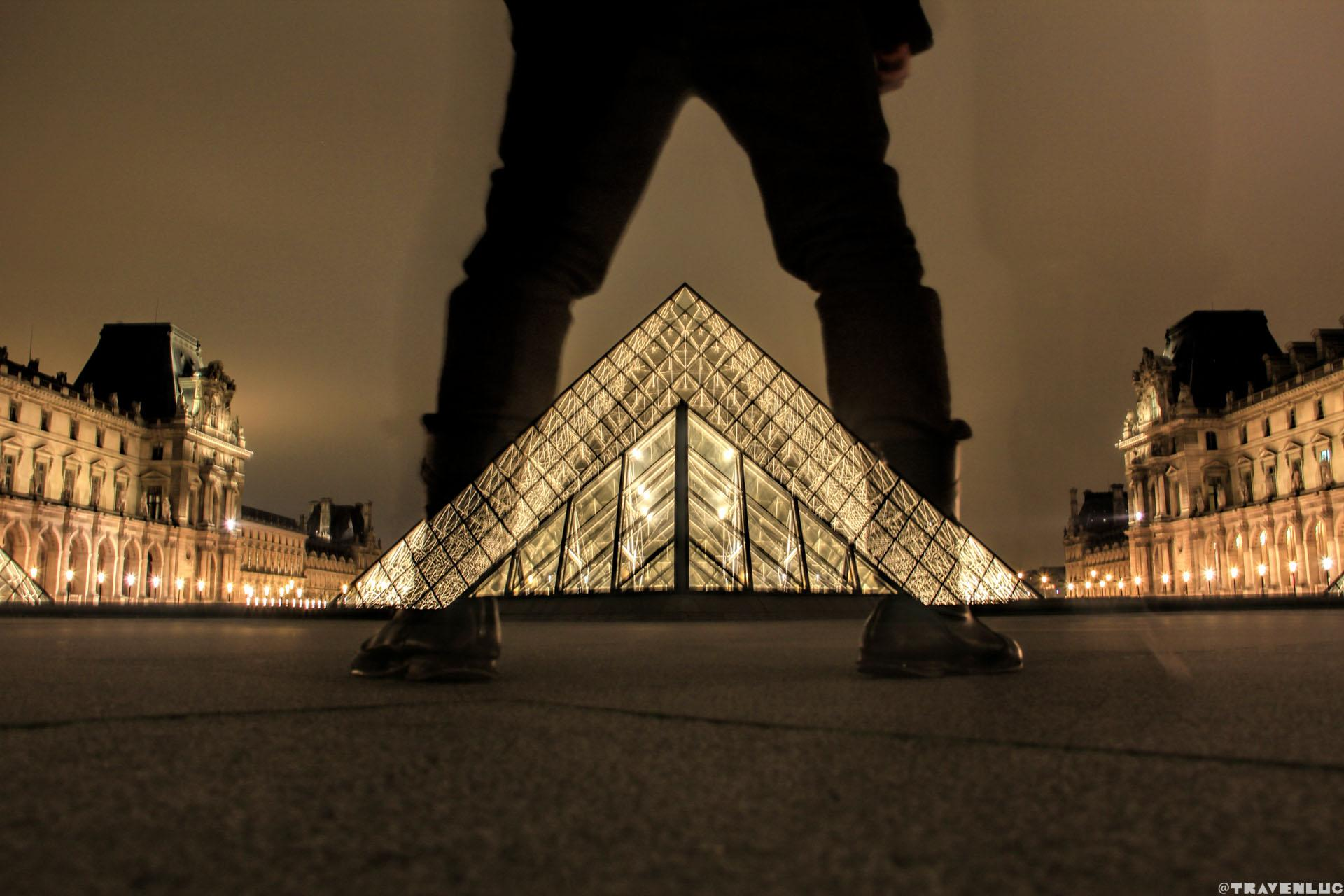 Louvre Museum Night - Traven Luc