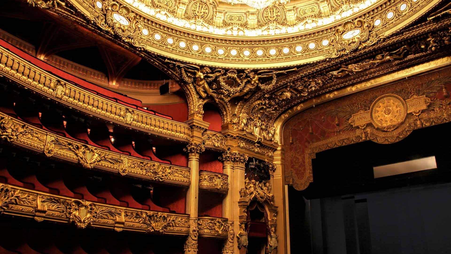 Paris Opera - Traven Luc